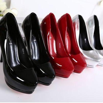 Patent Leather Pointed-Toe Platform..