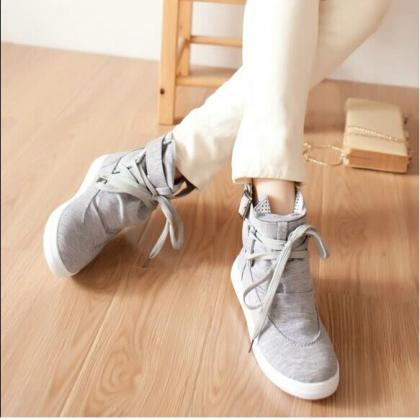 Ulass Lace high-top canvas shoes