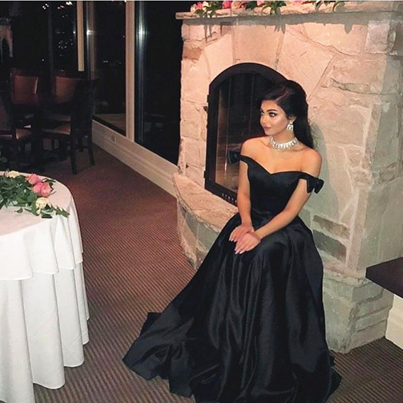 Satin Prom Dresses,Black Evening Gowns,Ball Gowns For Women,Bow Dresses,Long Formal Dresses,Black Party Dress