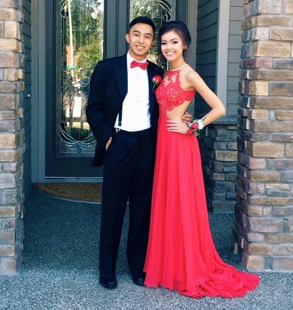 fecad85ce4 Ulass Custom Made A Line Round Neck Red Lace Prom Dresses