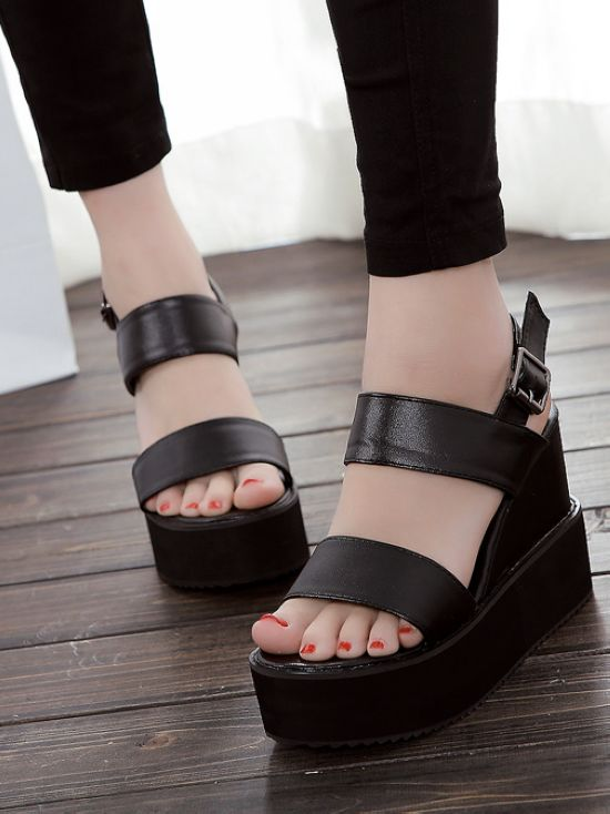 Ulass White Black Cute And Comfortable Peep Toe Sandals