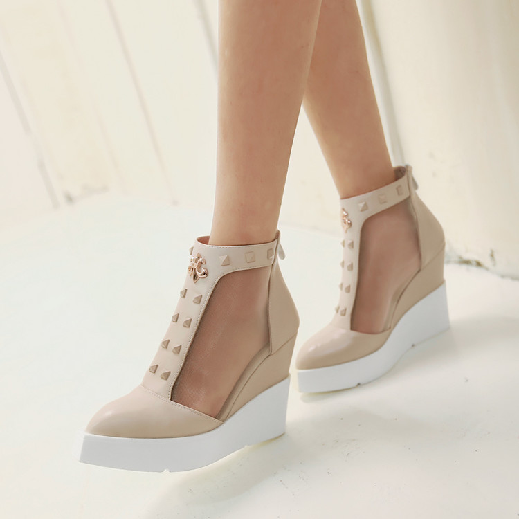 Ulass High Wedge Sandals Lace Up Sandals Vintage Cut-out Mesh Platform Sandals Elegant Thick Sole Pointed Toe Shoes Fall Shoes ST-048