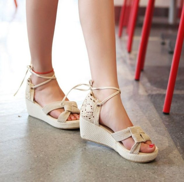 Ulass Lace Women Sandals Cutout ankle buckle Strap Wedge shoes Ruffles Summer Black Beige Wedges Knot ST-050