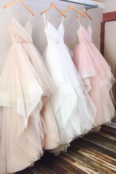 Ulass Gorgeous Wedding dress,A-line V-neck Spaghetti Straps Long Wedding Dress,Tulle wedding dress,Simple prom dresses