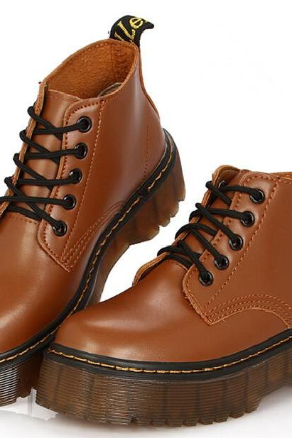 Ulass New Lace Up Martin Boots. Three Colors Available