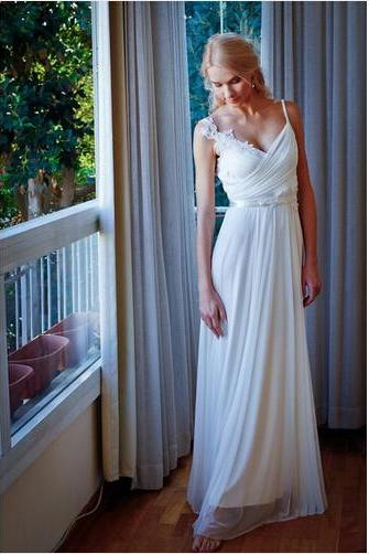Ulass New Style Applique Ruffles Ivory Vestido De Noiva Floor Length Backless Spaghetti Strap Chiffon Beach Wedding Dresses 2016