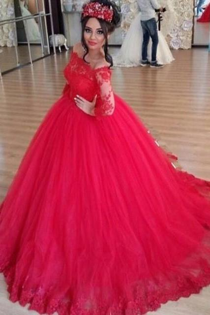 Ulass Charming Red Ball Gown Lace Appliques Long Sleeves Evening Dress Saudi Arabic Off the Shoulder Prom Gown Robe de Soiree