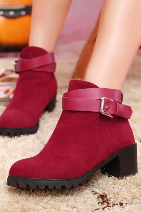Ulass Chunky Heel Buckle Design Red Ankle Boots