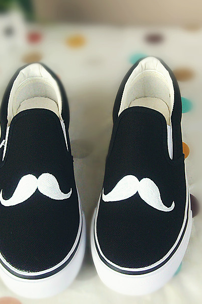Moustache Canvas Casual Flat Slip-On Sneakers
