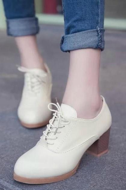 Ulass Beige White Black Yellow Cute Lace Up Oxford Shoes