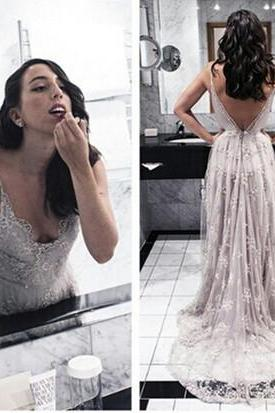 Ulass 2016 The Charming Lace and Tulle Prom Dresses,V-Neck Backless Prom Dresses,Prom Dresses,Floor-Length Prom Dress