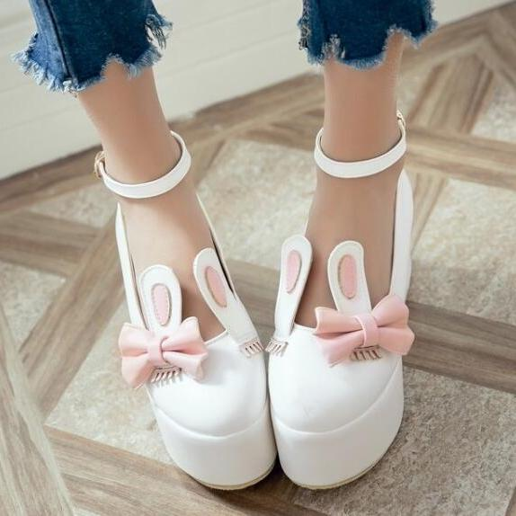 Ulass Kawaii Rabbit Ears Bow Shoes