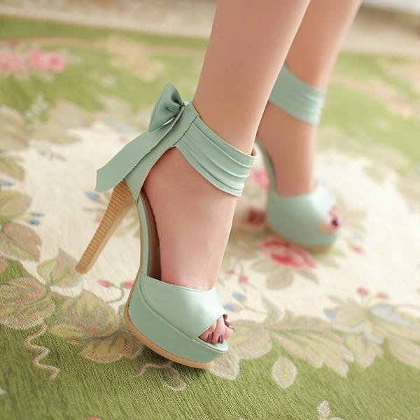 Ulass Fashion bowknot heels