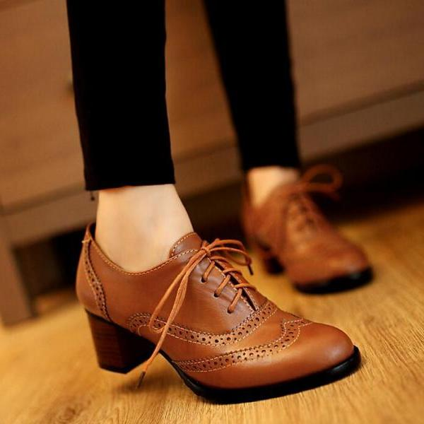 Ulass Retro lacing oxford high heels