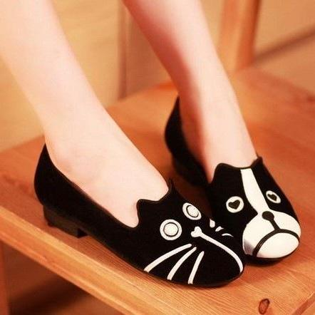 Cute Black Cat And Dog Velvet Block Heel Flats