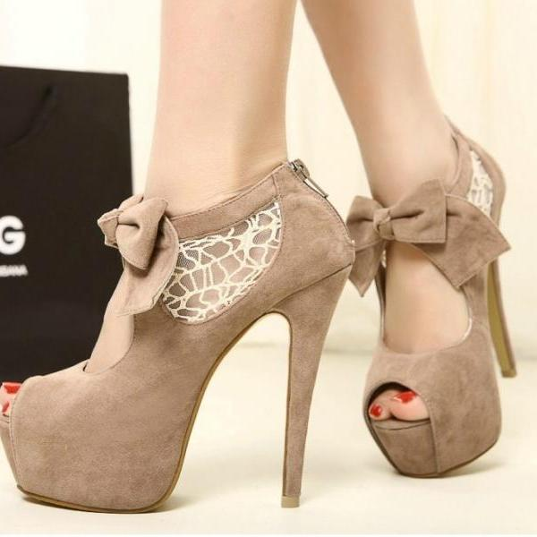 Ulass Stitching lace bow heels