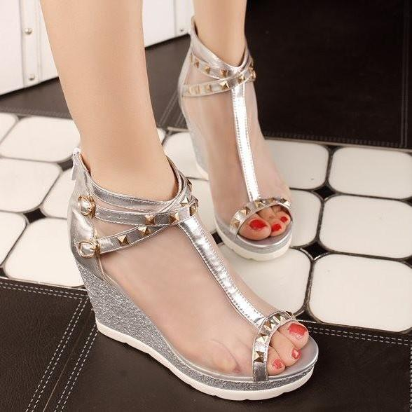 Ulass New arrival Fashion Sexy Brand Ladies sandals Woman Wedges Peep toe Rivets Mesh Buckle Gold Silver Hot sale Comfort Party Cool ST-046