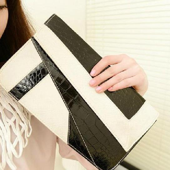 Ulass Fashion Serpentine Envelope Geometry Clutch Bag-BB-15